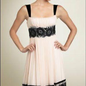 DVF Reseda dress in size 8,,fits like size 2